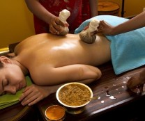 Anne Dafflon, massage ayurvedique